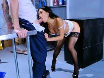 Asian babe Cindy Starfall sucks janitor's monster cock while she fucks a wall mounted dildo