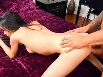 Lustful gal Savannah Sixx blows a lover and doesn't hold moans during hot sex